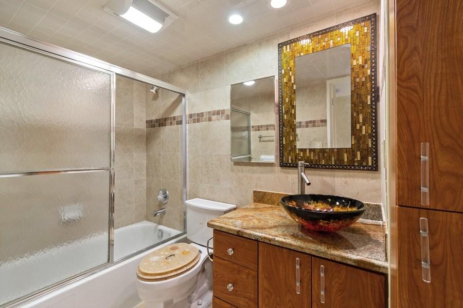 Real Estate Photography - 210 174th St, 1719, Sunny Isles Beach, FL, 33160 - 3rd Bathroom/Guest Bathroom