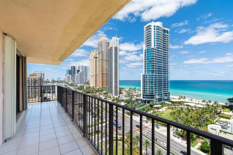 Real Estate Photography - 210 174th St, 1719, Sunny Isles Beach, FL, 33160 - Balcony