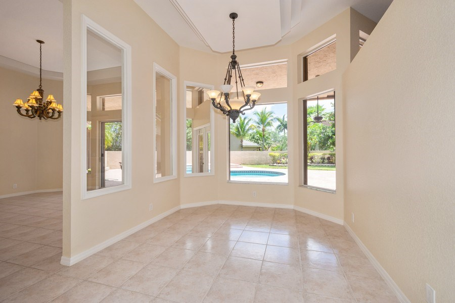 Real Estate Photography - 5333 NW 109TH WAY, CORAL SPRINGS, FL, 33076 - Dining Room