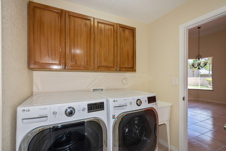 Real Estate Photography - 5333 NW 109TH WAY, CORAL SPRINGS, FL, 33076 - Laundry Room