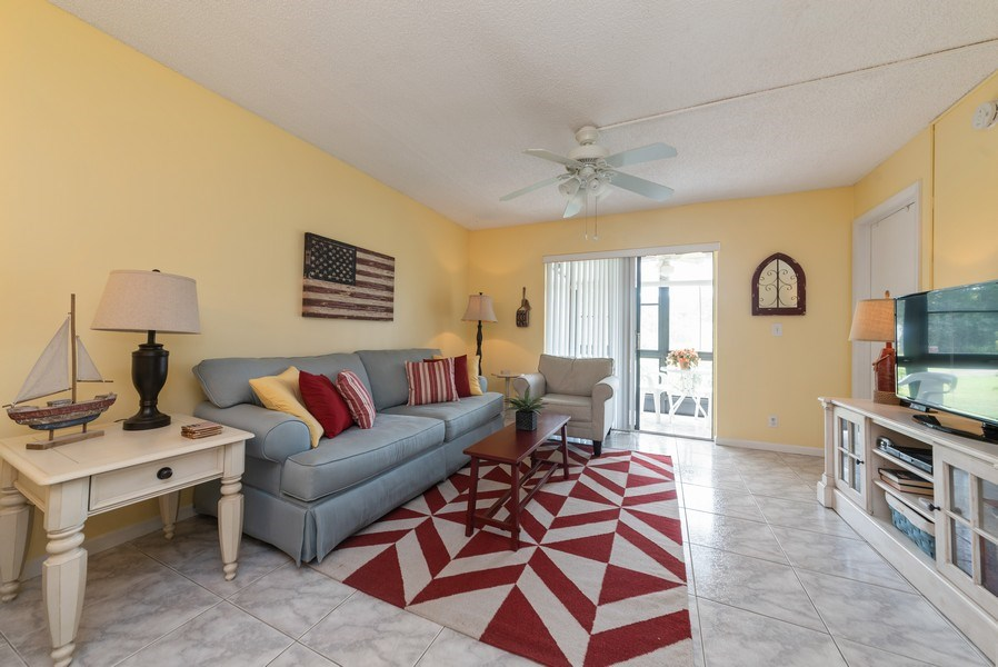 Real Estate Photography - 7190 Golf Colony Ct, 104, Lake Worth, FL, 33467 - Living Room