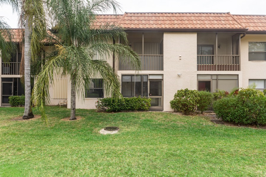 Real Estate Photography - 7190 Golf Colony Ct, 104, Lake Worth, FL, 33467 - Rear View