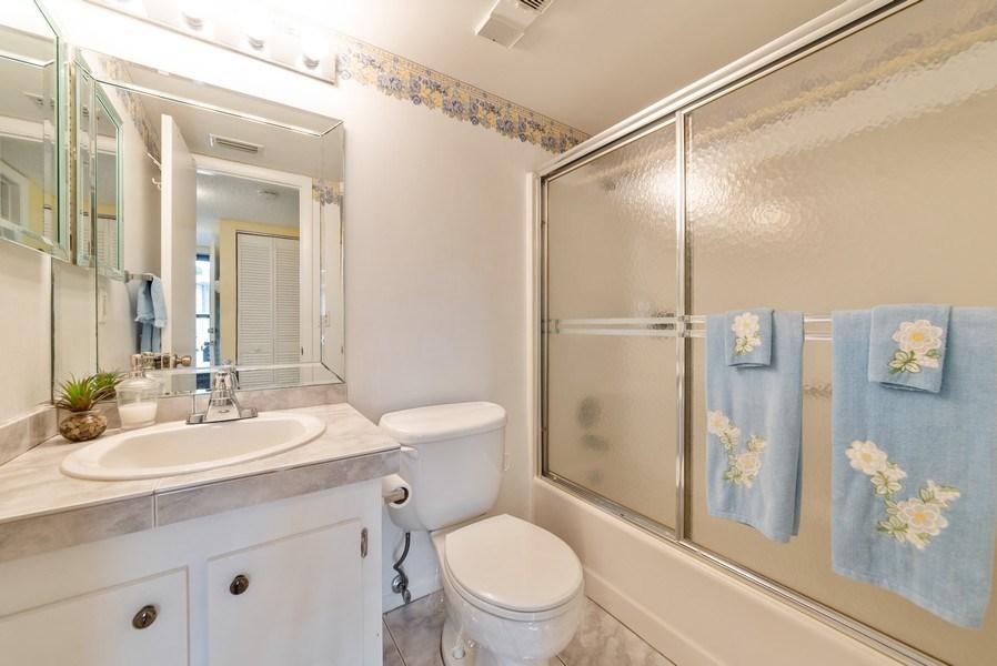 Real Estate Photography - 7190 Golf Colony Ct, 104, Lake Worth, FL, 33467 - Bathroom