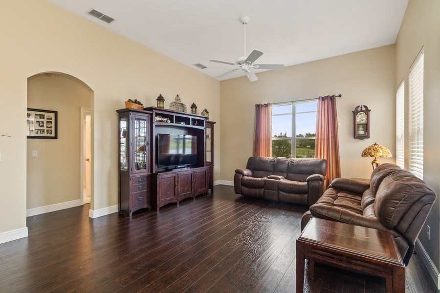 Real Estate Photography - 625 Lakeworth Cir, Lake Mary, FL, 32746 - Living Room