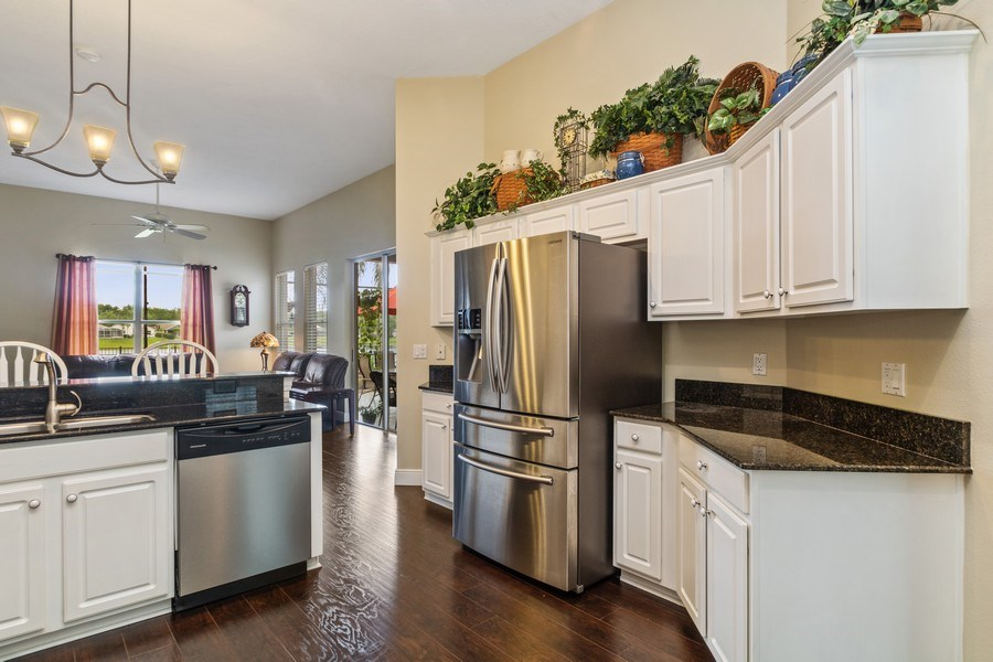 Real Estate Photography - 625 Lakeworth Cir, Lake Mary, FL, 32746 - Kitchen