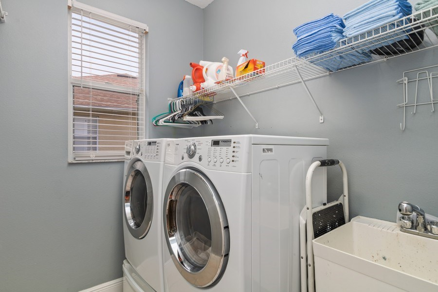 Real Estate Photography - 625 Lakeworth Cir, Lake Mary, FL, 32746 - Laundry Room