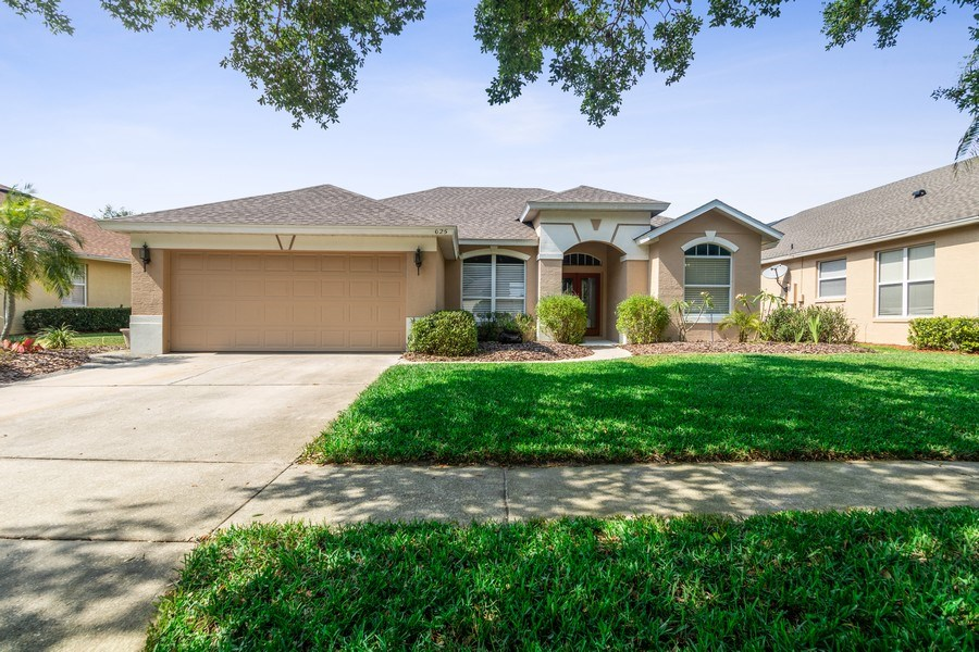 Real Estate Photography - 625 Lakeworth Cir, Lake Mary, FL, 32746 - Front View