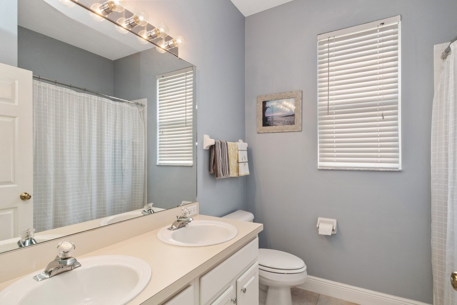 Real Estate Photography - 625 Lakeworth Cir, Lake Mary, FL, 32746 - Bathroom