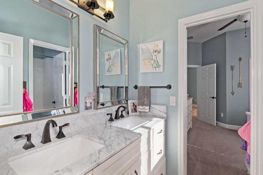 Real Estate Photography - 1068 Bloomsbury Run, Lake Mary, FL, 32746 - Bathroom