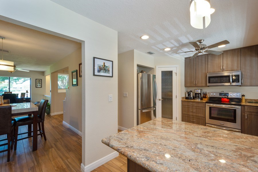 Real Estate Photography - 13914 Lake Point Dr, Clearwater, FL, 33762 - Kitchen