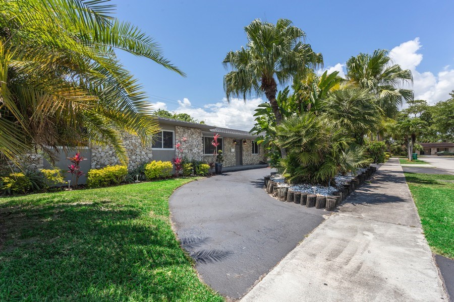 Real Estate Photography - 8600 SW 87th Ter, Miami, FL, 33143 - Front View
