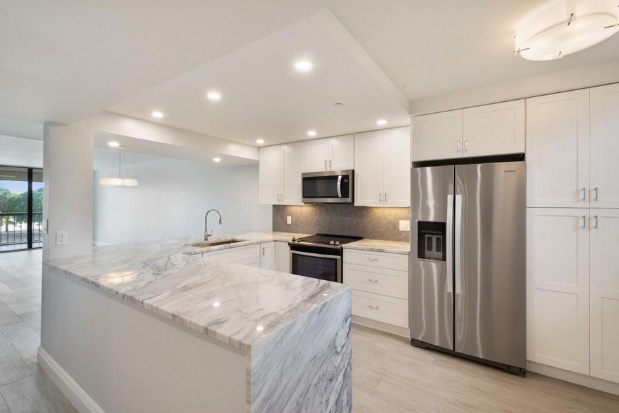 Real Estate Photography - 6320 Boca Del Mar Dr, Unit 307, Boca Raton, FL, 33433 - Kitchen