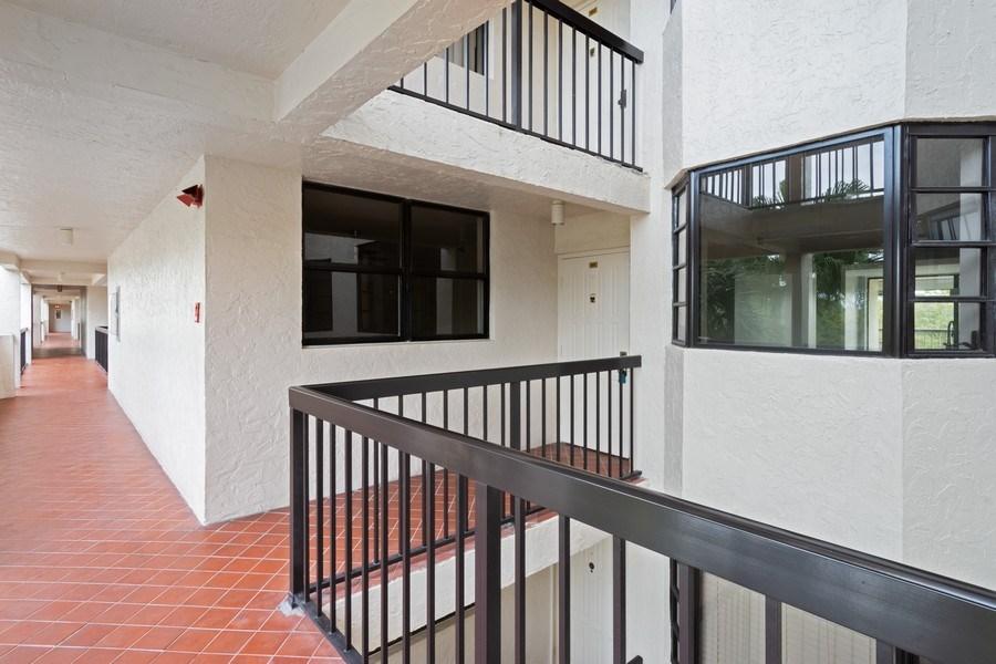 Real Estate Photography - 6320 Boca Del Mar Dr, Unit 307, Boca Raton, FL, 33433 - Entryway