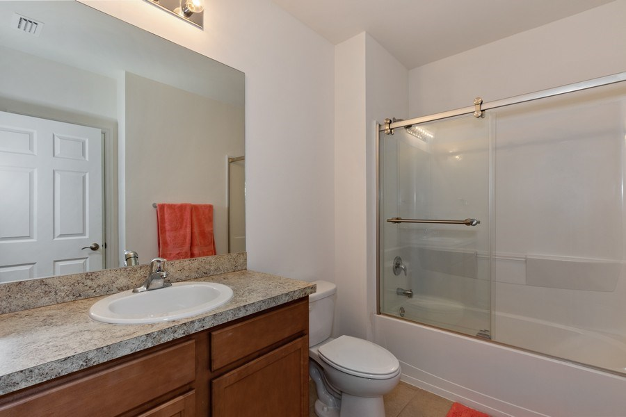 Real Estate Photography - 1405 SE 20th Pl, Cape Coral, FL, 33904 - 2nd Bathroom