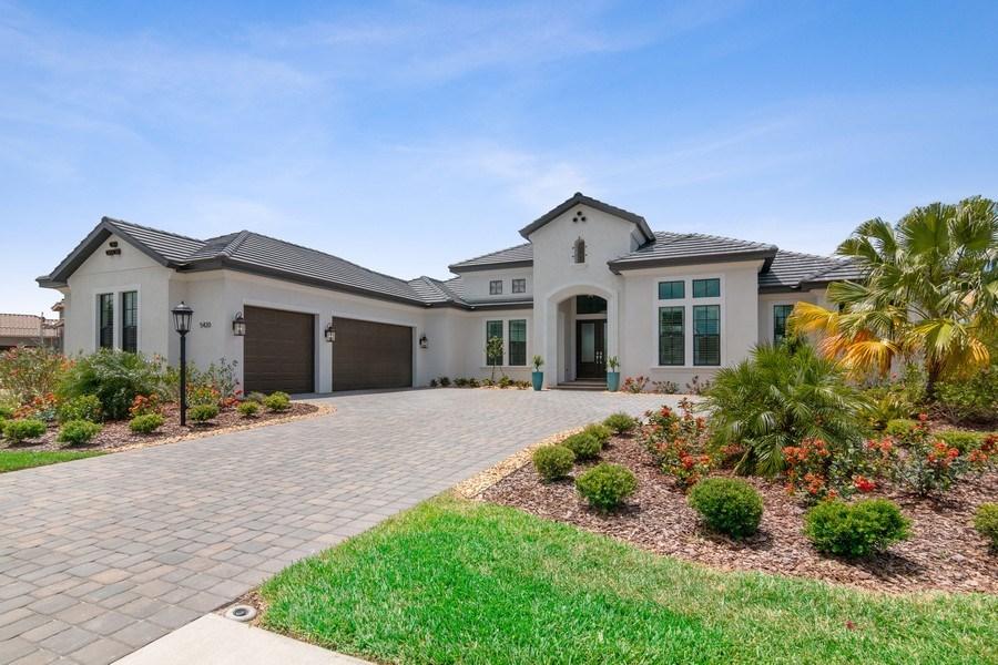 Real Estate Photography - 5420 Greenbrook Drive, Sarasota, FL, 34238 - Front View