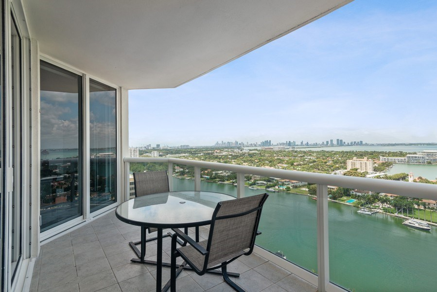 Real Estate Photography - 4779 Collins Ave, Unit 2406, Miami Beach, FL, 33140 - Terrace