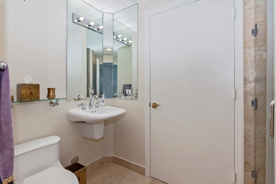 Real Estate Photography - 4779 Collins Ave, Unit 2406, Miami Beach, FL, 33140 - 2nd Bathroom