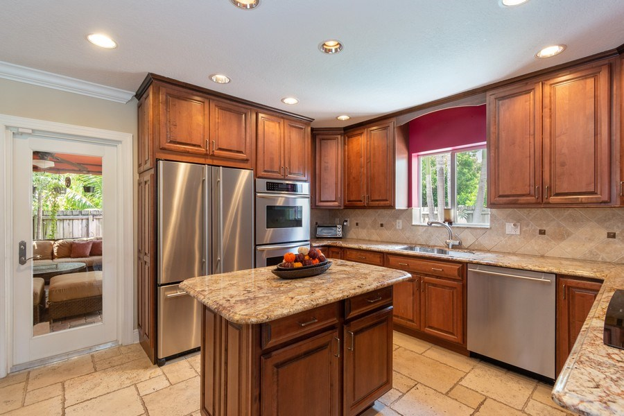 Real Estate Photography - 2617 NE 26th Ave, Fort Lauderdale, FL, 33306 - Kitchen