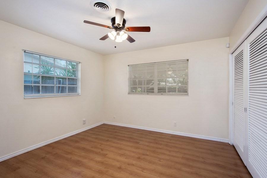 Real Estate Photography - 4146 Indianapolis Street NE, St Petersburg, FL, 33703 - 4th Bedroom - 12' x 11' Corner Bedroom!