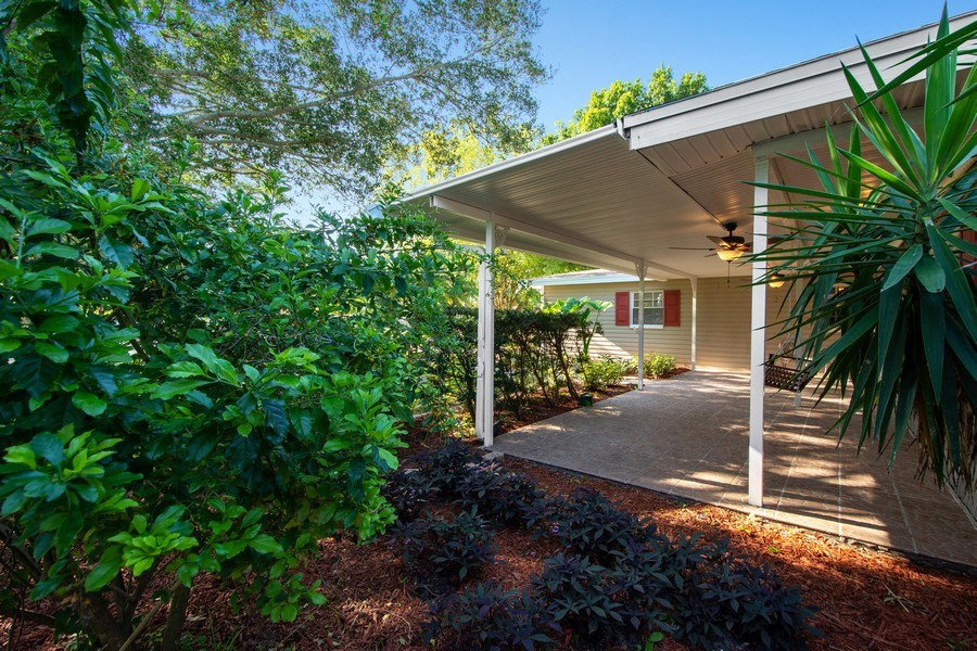Real Estate Photography - 4146 Indianapolis Street NE, St Petersburg, FL, 33703 - A TROPICAL OASIS for GREAT FLORIDA LIVING!