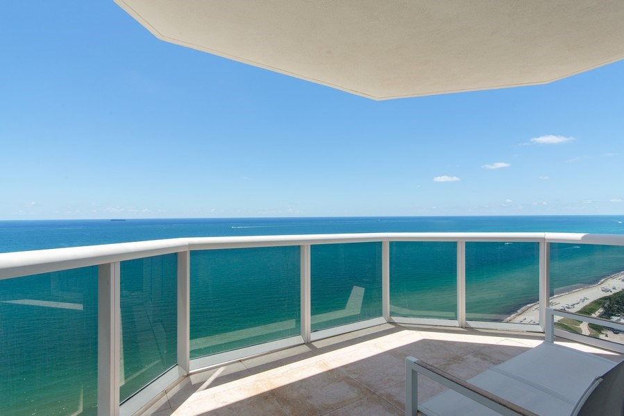 Real Estate Photography - 4779 Collins Ave., Unit 3603, Miami Beach, FL, 33140 - Terrace