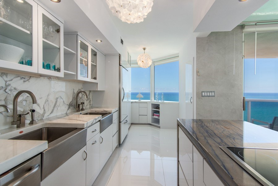 Real Estate Photography - 4779 Collins Ave., Unit 3603, Miami Beach, FL, 33140 - Kitchen / Breakfast Room