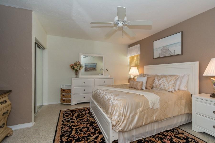Real Estate Photography - 2648 Middle River Dr, Fort Lauderdale, FL, 33306 -