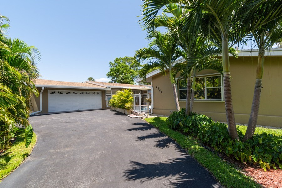 Real Estate Photography - 2648 Middle River Dr, Fort Lauderdale, FL, 33306 - Front View