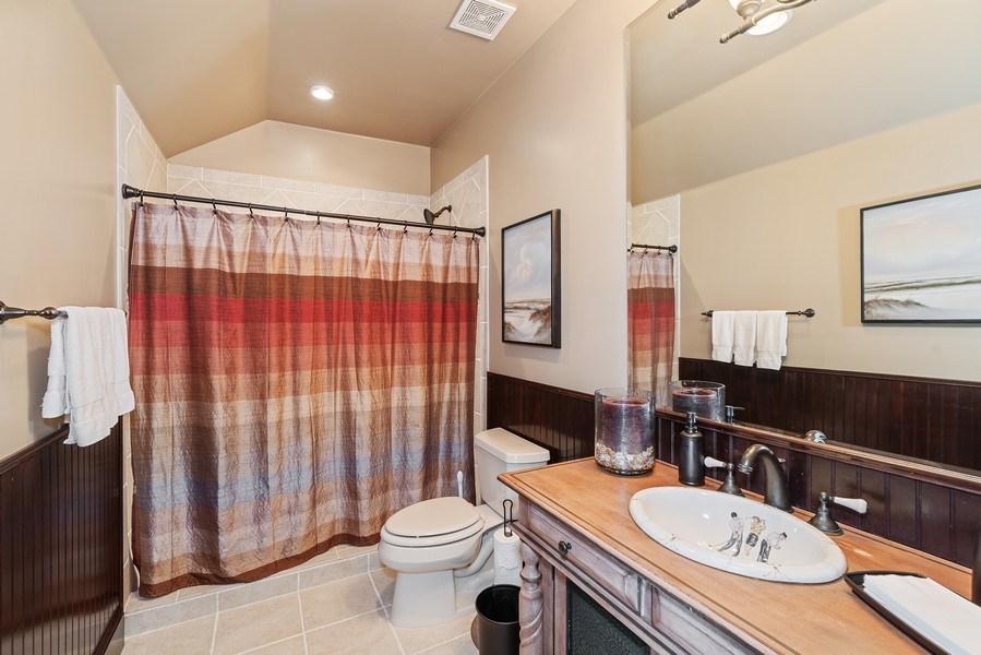 Real Estate Photography - 42 Minnehaha Circle, Maitland, FL, 32751 - 3rd Bathroom