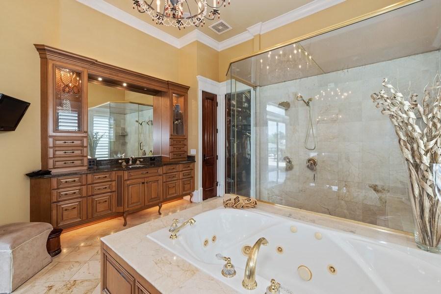 Real Estate Photography - 42 Minnehaha Circle, Maitland, FL, 32751 - Master Bathroom