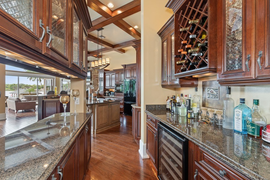 Real Estate Photography - 42 Minnehaha Circle, Maitland, FL, 32751 - Butler's pantry