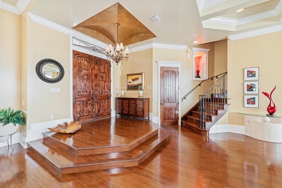 Real Estate Photography - 42 Minnehaha Circle, Maitland, FL, 32751 - Foyer