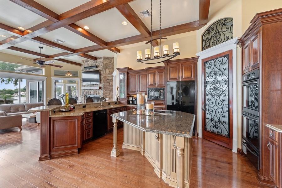 Real Estate Photography - 42 Minnehaha Circle, Maitland, FL, 32751 - Kitchen