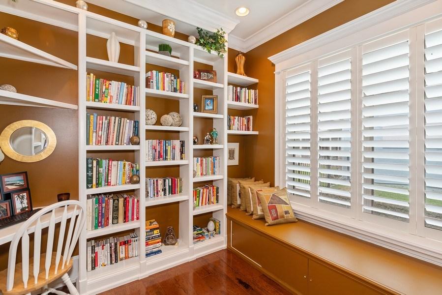 Real Estate Photography - 42 Minnehaha Circle, Maitland, FL, 32751 - Office