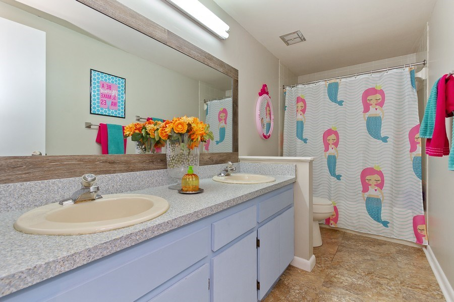 Real Estate Photography - 12703 Rainforest Street, Temple Terrace, FL, 33617 - Bathroom