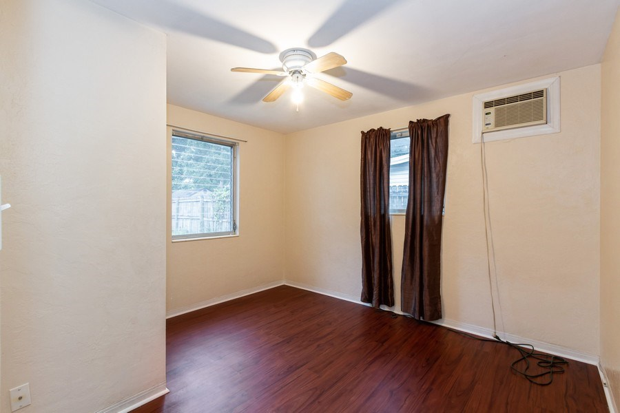 Real Estate Photography - 1400 54 Ave N, St Petersburg, FL, 33703 - 3rd Bedroom