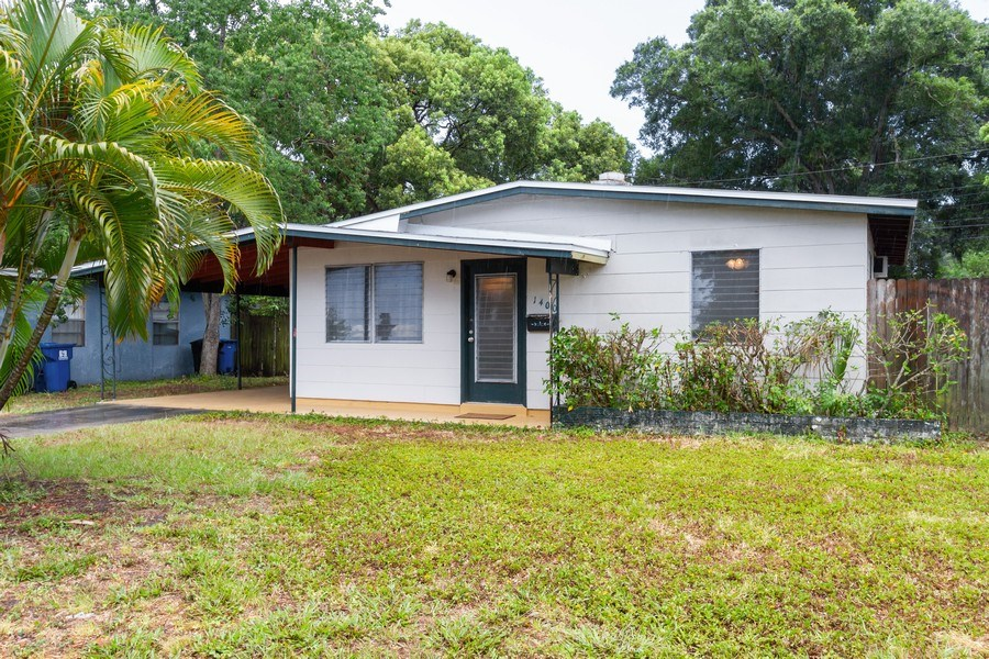 Real Estate Photography - 1400 54 Ave N, St Petersburg, FL, 33703 - Front View