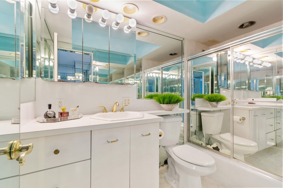 Real Estate Photography - 2030 S Ocean Drive, #2020, Hallandale Beach, FL, 33009 - Master Bathroom