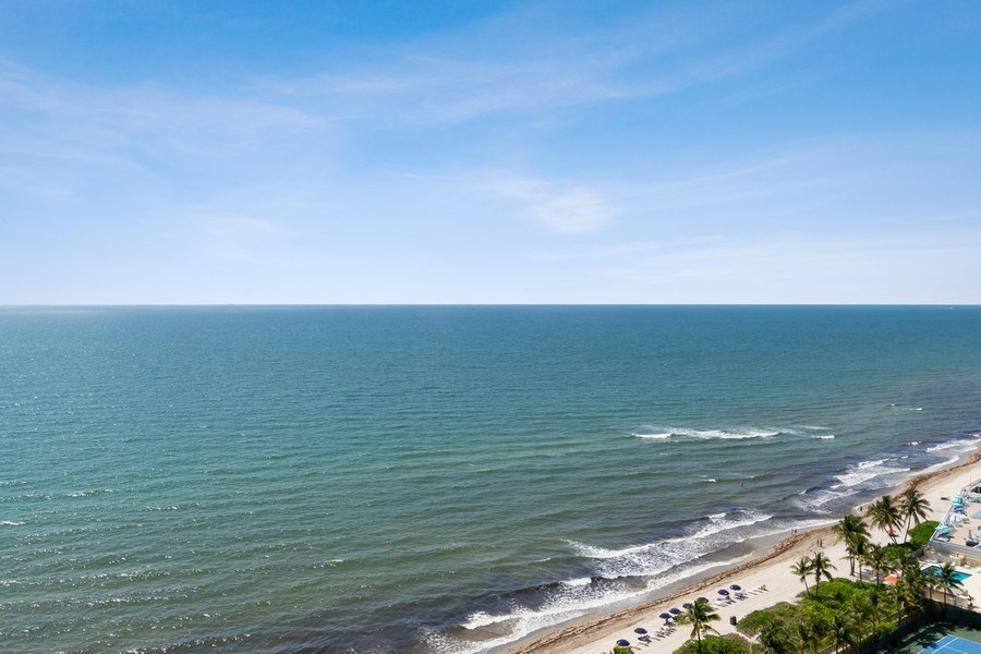 Real Estate Photography - 2030 S Ocean Drive, #2020, Hallandale Beach, FL, 33009 - View