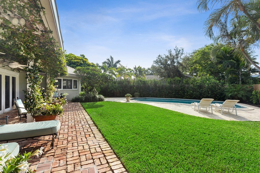 Real Estate Photography - 10 Saranac Road, Sea Ranch Lakes, FL, 33308 - Back Yard