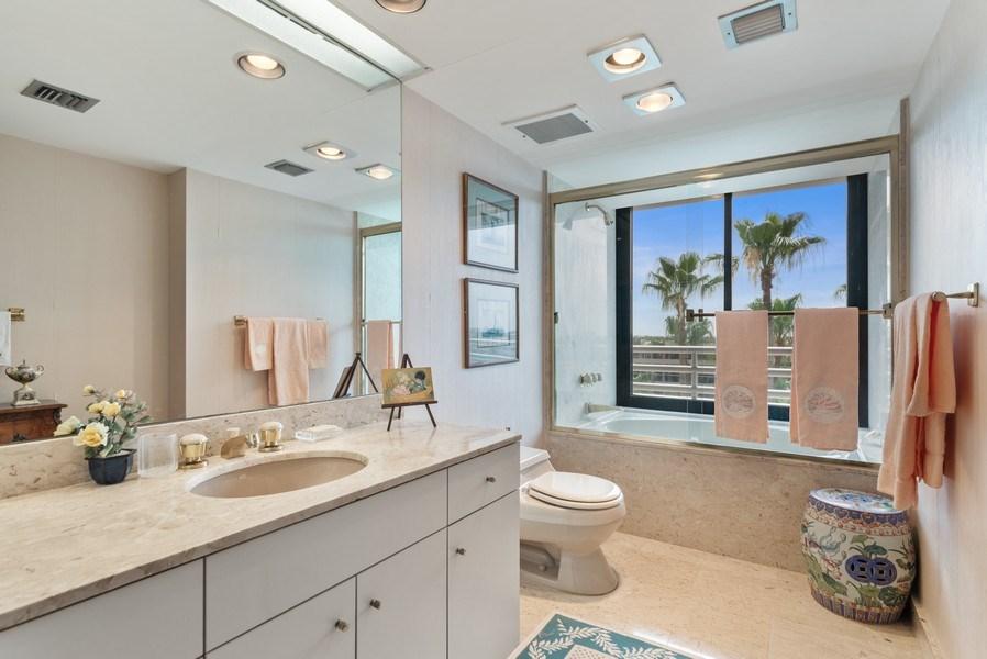 Real Estate Photography - 1500 S Ocean Blvd, S601, Boca Raton, FL, 33432 - 2nd Bathroom
