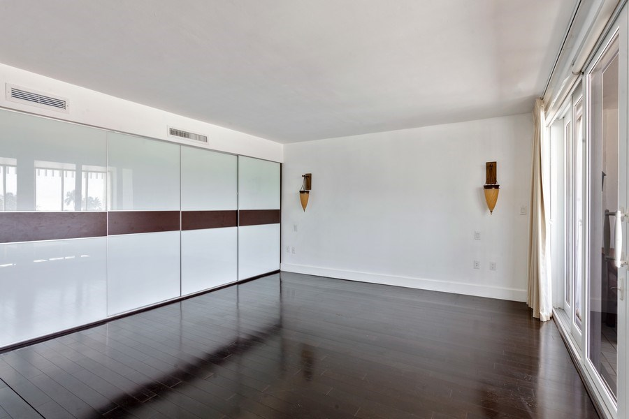 Real Estate Photography - 2 GROVE ISLE DR. #B201-02, MIAMI, FL, 33133 - Master Bedroom