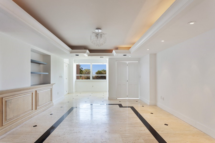 Real Estate Photography - 2 GROVE ISLE DR. #B201-02, MIAMI, FL, 33133 - Dining Room