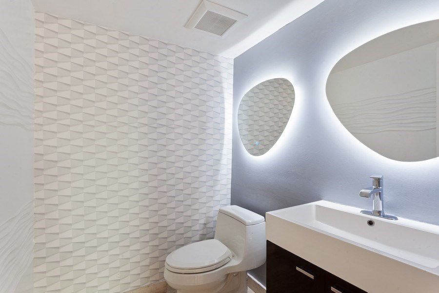 Real Estate Photography - 2 GROVE ISLE DR. #B201-02, MIAMI, FL, 33133 - Half Bath