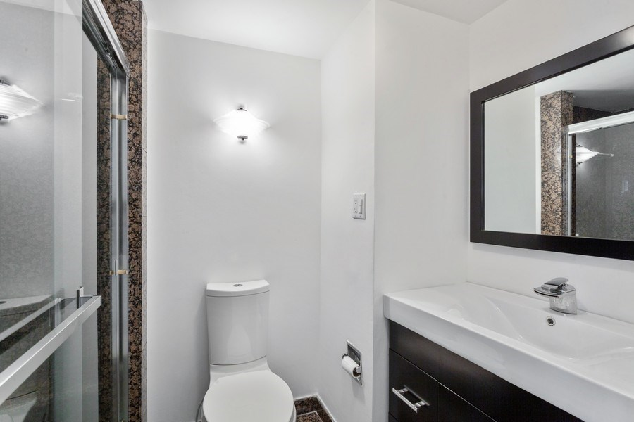 Real Estate Photography - 2 GROVE ISLE DR. #B201-02, MIAMI, FL, 33133 - Bathroom