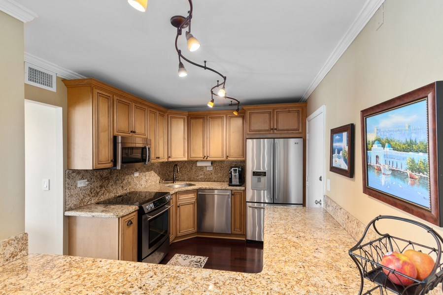 Real Estate Photography - 5555 Collins Ave, 10J, Miami Beach, FL, 33140 - Kitchen