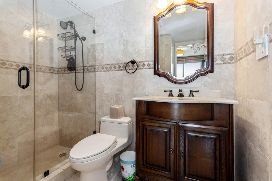 Real Estate Photography - 5555 Collins Ave, 10J, Miami Beach, FL, 33140 - 2nd Bathroom