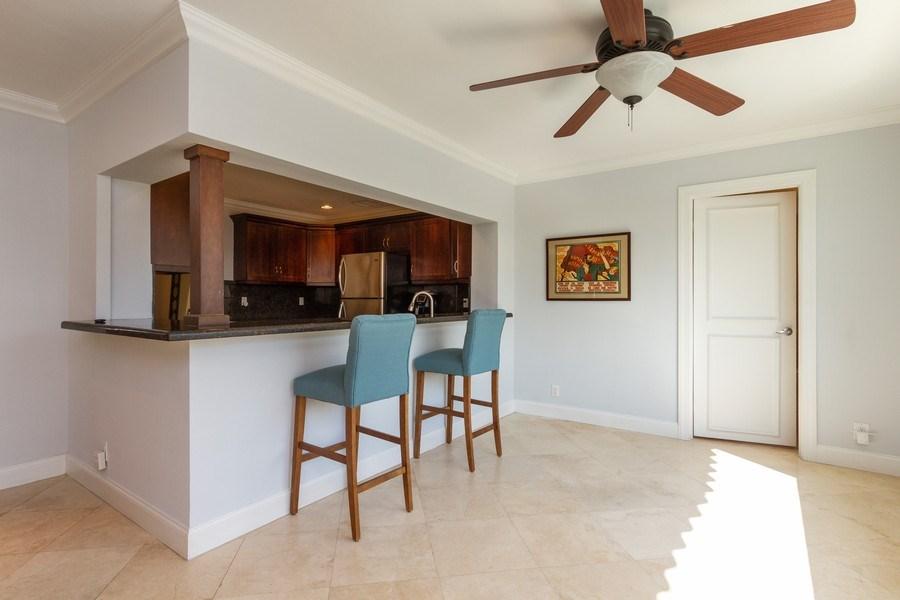 Real Estate Photography - 951 Holly Ln, Boca Raton, FL, 33486 - Kitchen