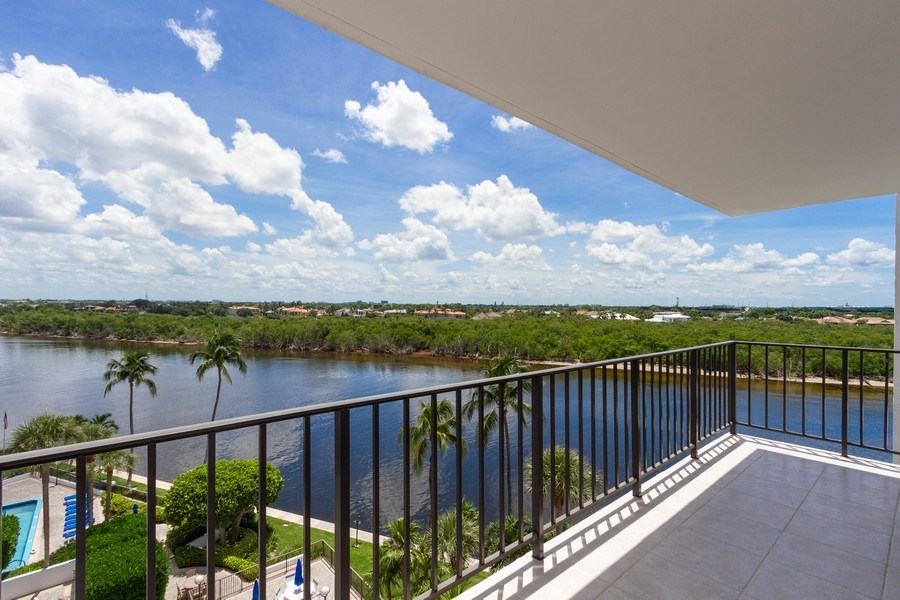 Real Estate Photography - 4750 S Ocean Blvd, Unit 605, Highland Bch, FL, 33487 - Patio