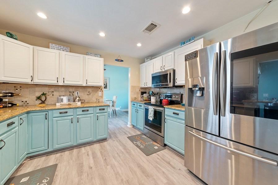 Real Estate Photography - 9535 Ohio Pl, Boca Raton, FL, 33434 - Kitchen